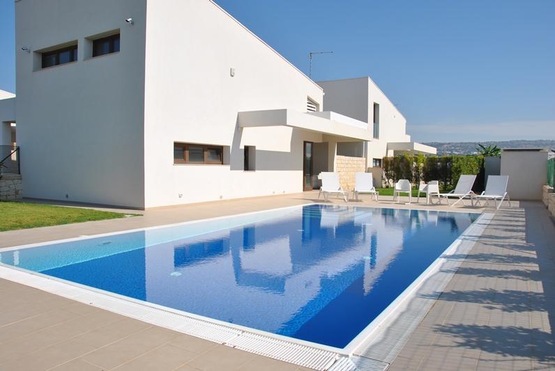 Ville con piscina edilia vacanze - Ville con piscina ...